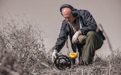 Detectores de metales para descubrir el origen de un fuego forestal